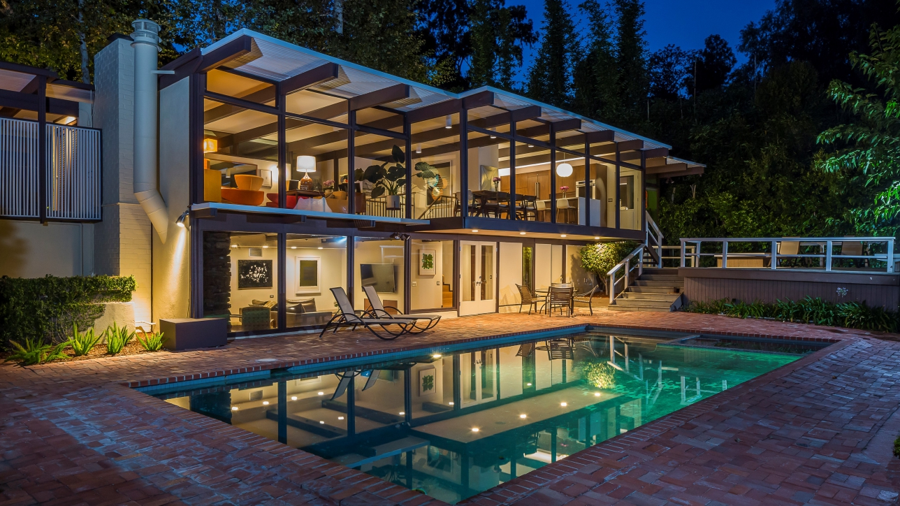 We Find Ourselves At An Amazing Piece Of Property At 12314 Rochedale Lane,  Brentwood, CAu2014the Address Of Max Nelsonu0027s New Dream House.